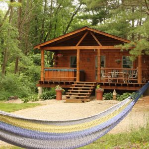 Hocking Hills Ohio Cabin Rentals with Hot Tubs and fireplace
