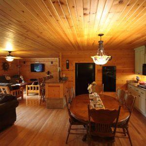 Hocking Hills Log Cabin Rentals