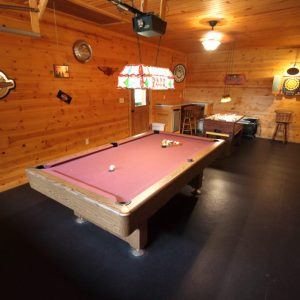 Hocking Hills Log Cabin Rentals Game Room
