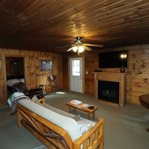 hocking-hills-cabin-rentals-tall-pines-at-boulders-edge-18