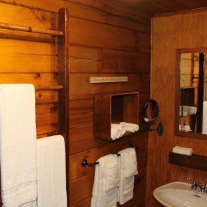 hocking-hills-cabin-rentals-tall-pines-at-boulders-edge-4
