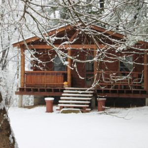 hocking-hills-snow-cabin-rentals-tall-pines-at-boulders-edge-1