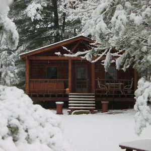 Cozy Winter Cabin Rental Ohio