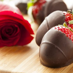 17545099 - gourmet chocolate covered strawberries for valentine's day