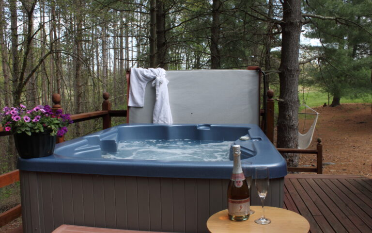 Hot Tub at Every Cabin Rental