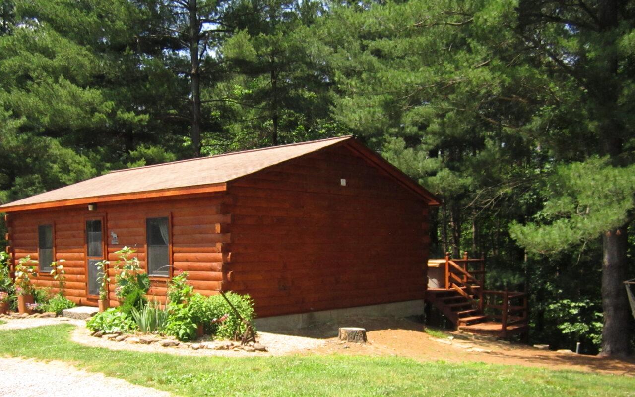 Hocking Hills Cabin Rental Dot Calm - Hot Tub