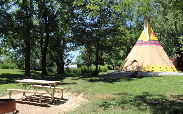 Teepee Camping - Authentic Native American Tipi Rentals and campgrounds Ohio