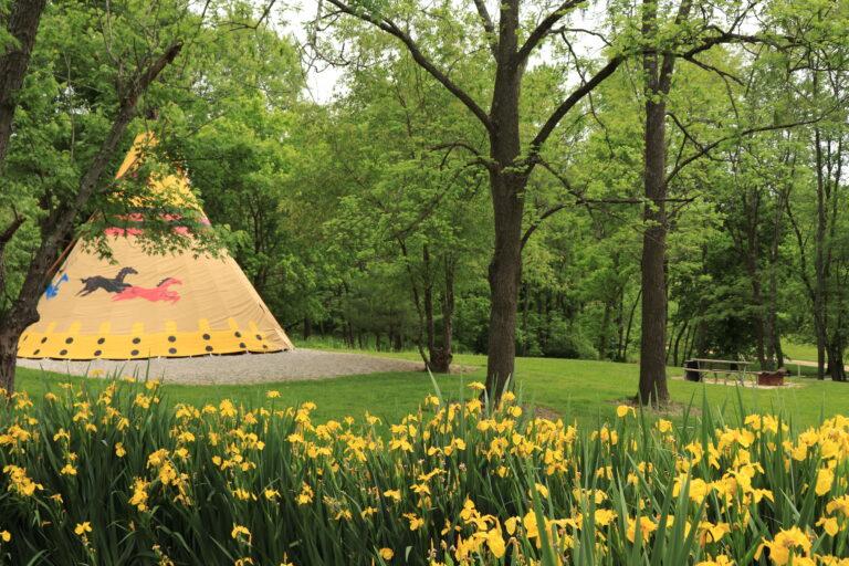Tipi (Teepee) Camping